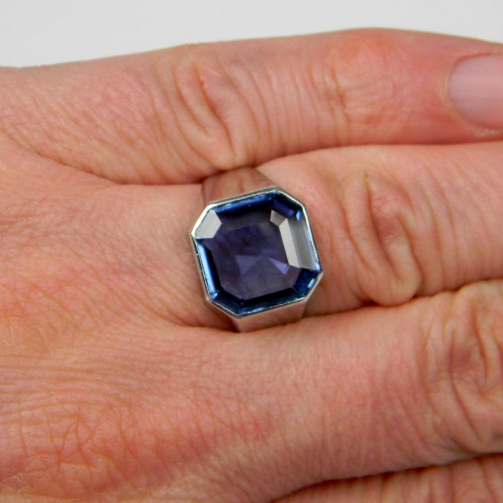 in large size a one s most sapphire are than treasury carat earth montana less is yogo this