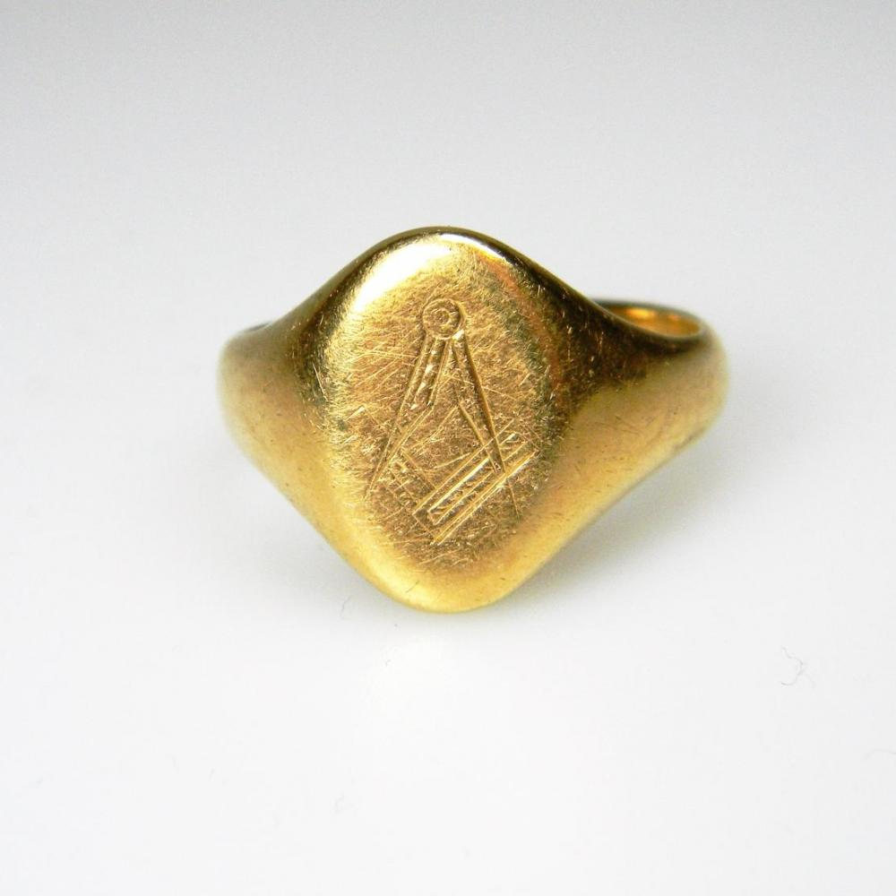 18ct Gold Masonic Signet Ring Db Gems